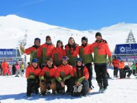 Equipo de instructores en Sierra Nevada