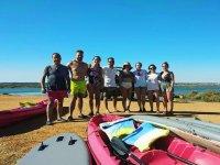 Amigos en un dia de kayaks