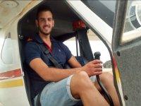 在Beas de Segura的飞机上控制