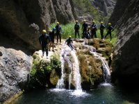 Canyoning in groups