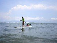 Haciendo paddle surf en el norte de Mallorca