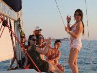 Chicas en el barco