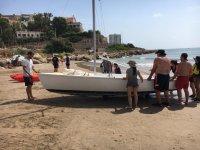 学生周围的船班介绍帆船孩子