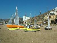 的教训单帆在地中海