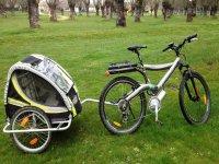 自行车带推车