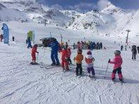 Children's ski lessons in Aragon