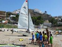 儿童组帆船标志库列拉的Garbi