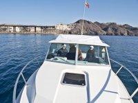 Llevando el barco a la zona de pesca