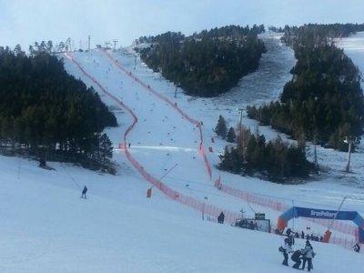 Escuela de Esquí Pirineus