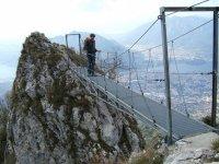 Cruzando el puente