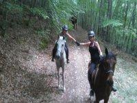 A traves de la montana a caballo