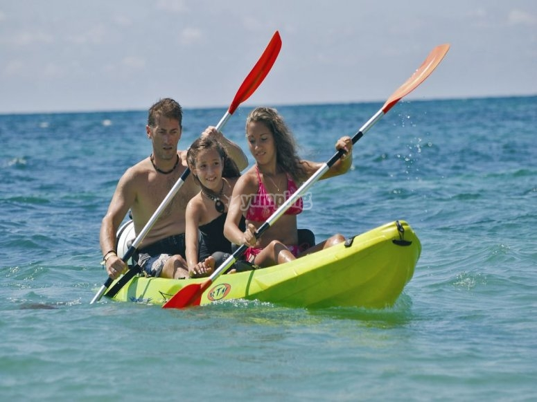 Kayaks en familia