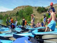 A los kayaks