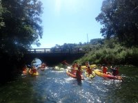 Canoes together To the bridge