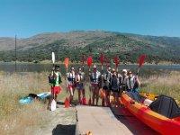 Preparados para la ruta en kayak