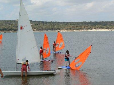 Escuela de Vela Valmayor Windsurf