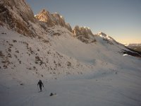 Tour the Pyrenees with your skis