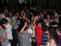 Bailamos juntos