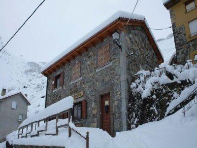 Club de Montaña Al Filo Raquetas de Nieve