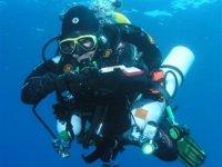 探索深海学习潜水