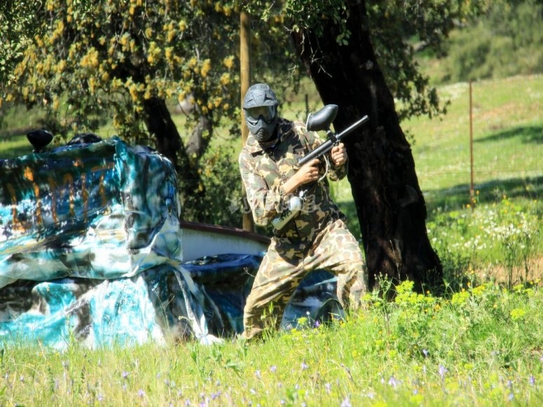 Juega al paintball en Sevilla