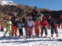 Children's skiing students