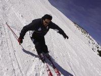 Descent skier