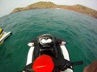 Escursione su una moto d'acqua a Minorca