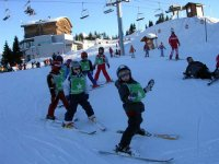 Children's ski courses