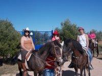 En los caballos con sombreros