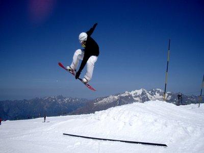 Cursos de esquí y snowboard en Cerler