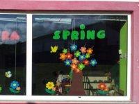 Decoriamo le finestre con le stagioni