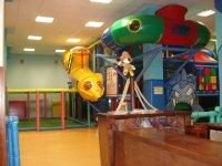 Parque infantil y zona cafeteria
