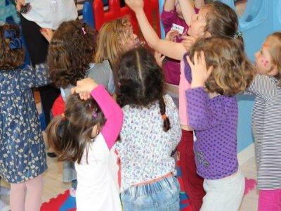 Burbujas Parque Infantil y Centro de Ocio Campamentos Urbanos