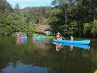 Giornata con gli amici in kayak