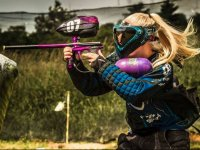 Paintball player pointing