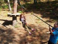 儿童在庞特维德拉的冒险活动