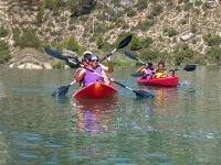Disfruta de las canoas por el río