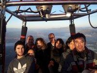 Grupo en la barquilla del globo