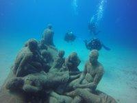 Figuras bajo el mar