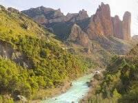 El Río Gállego con los Mallos de Riglos