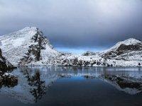 vista agua y nieve