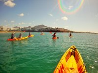 皮划艇和浮潜游览