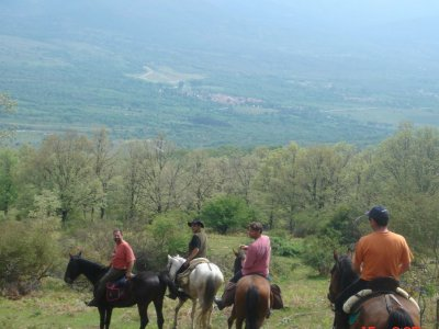 Horse riding through Lozoya Valley, 1 hour.