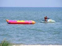 Banana boat con moto de agua