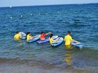 Con las tablas de SUP en el mar