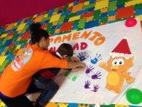 pintando manos