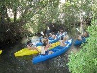 con partenza in canoa