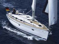 Barco Vela en alta mar