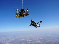 Skydiving with external video in Seville